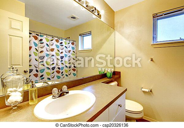 Badkamer badmeubel zinken spiegel. ivoor toon badkamer kabinet