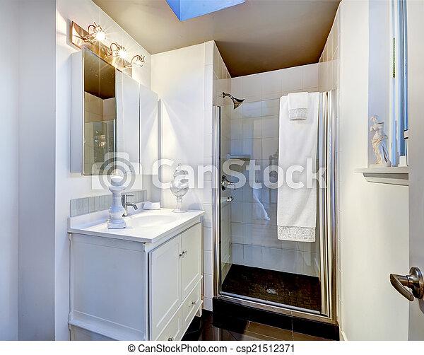 Badkamer, deur, eenvoudig, douche, glas, interieur. Badkamer, deur ...