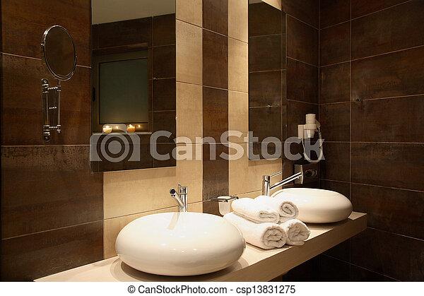Badkamer, luxe. Bruine , badkamer, muur tegels, op, luxe, afsluiten.