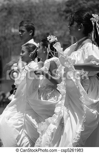 Bailamos - csp5261983