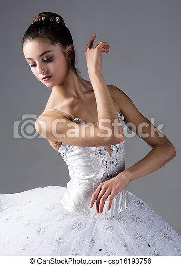 Mujer bailarina de ballet - csp16193756
