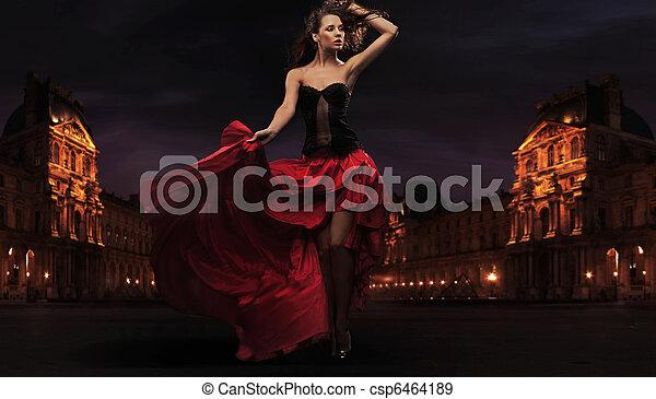 Hermosa bailarina flamenca - csp6464189