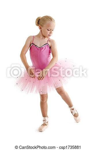Ballerina joven - csp1735881
