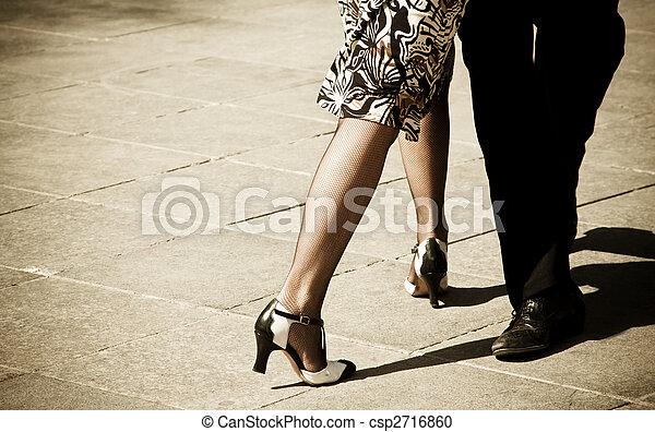 Bailarinas de tango - csp2716860