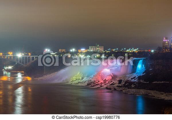 Luz de iluminación de American Falls Niagara - csp19980776