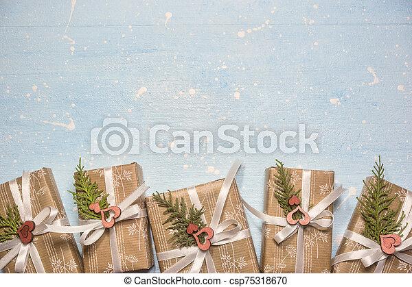 bakgrund, rutor, julgåva - csp75318670