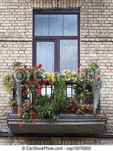 balcon, fleuri - csp10076902