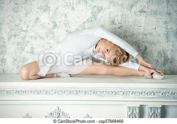 ballerina - csp37668466