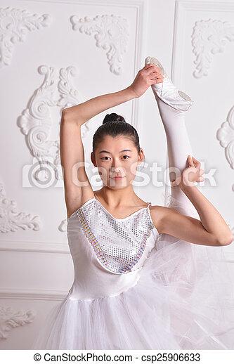 Ballet - csp25906633