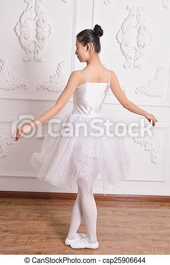 Ballet - csp25906644