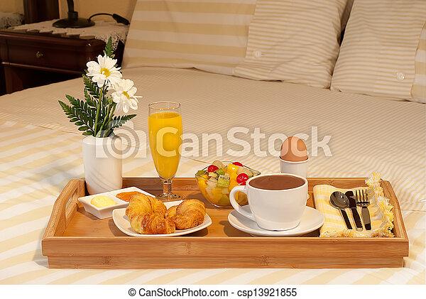 Bandeja de desayuno en la cama - Bandeja desayuno cama ...