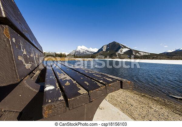 banff, színpadi, nemzeti park, tó, vermillion - csp18156103