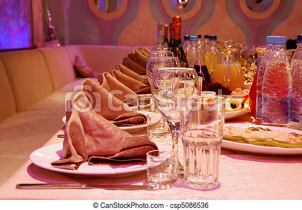 banquet table - csp5086536