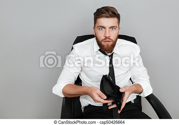 barbudo, camisa, mostrando, chocado, carteira, branca, vazio, homem - csp50426664