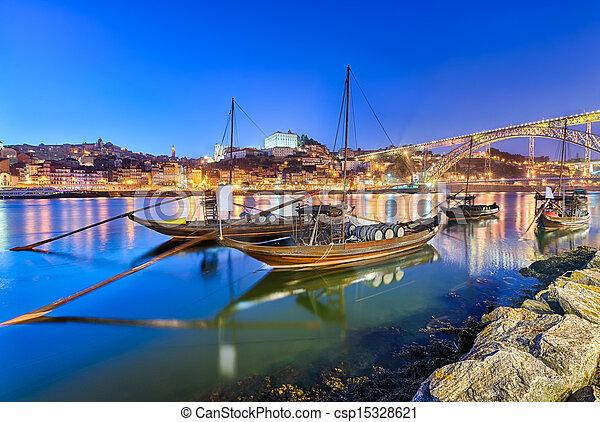 Barche porto porto trasporto vino ponte tradizionale for Piani di progettazione di ponti gratuiti