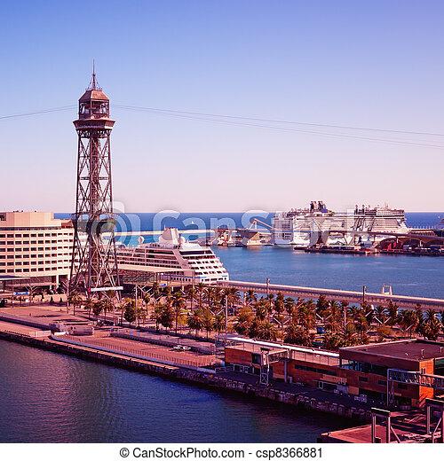 Naves de lujo en Barcelona - csp8366881
