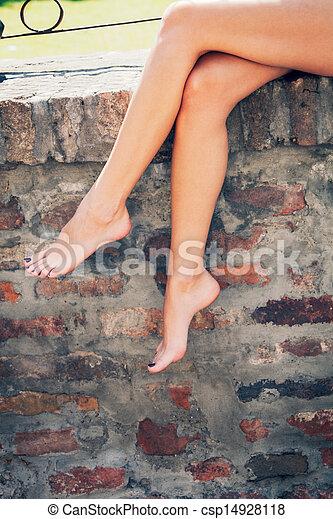 barefoot - csp14928118
