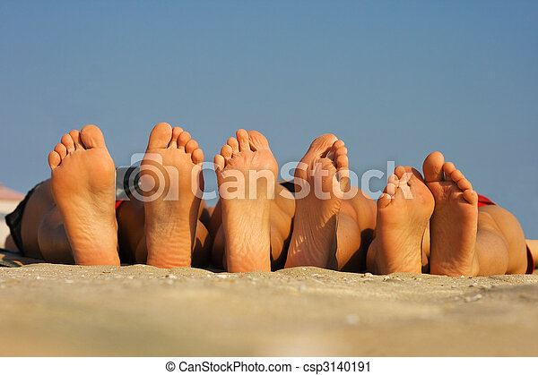 Barefoot - csp3140191