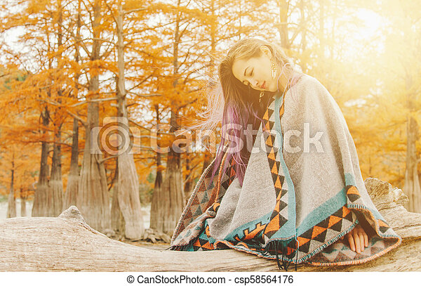 basierend, stil, frau, boho, autumn. - csp58564176