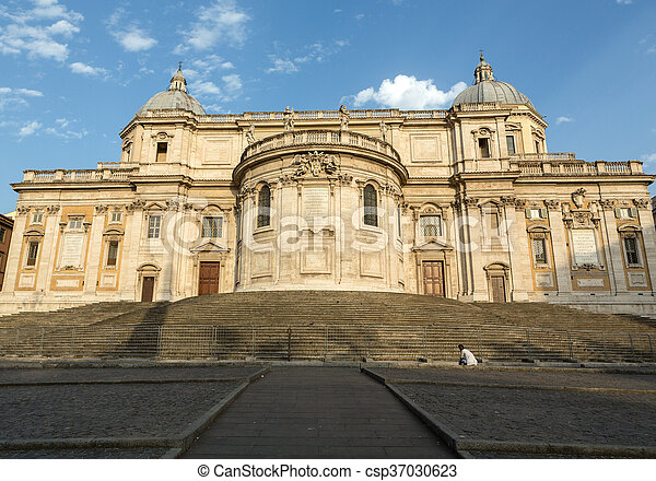 Basilica di Santa Maria Maggiore, Cappella Paolina, view from Piazza Esquilino in Rome. Italy. - csp37030623