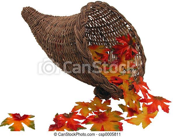 Basket & Leaves - csp0005811