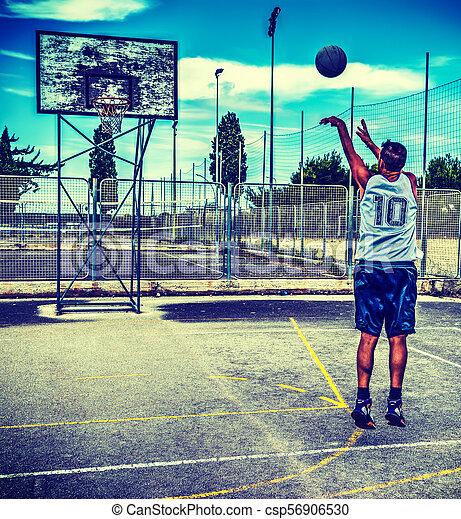 Basketball player workout - csp56906530
