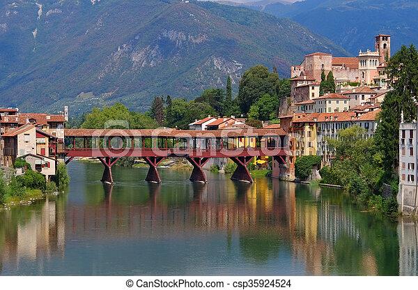 Bassano del Grappa Ponte Vecchio - csp35924524