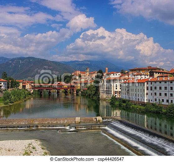Bassano del Grappa Ponte Vecchio - csp44426547