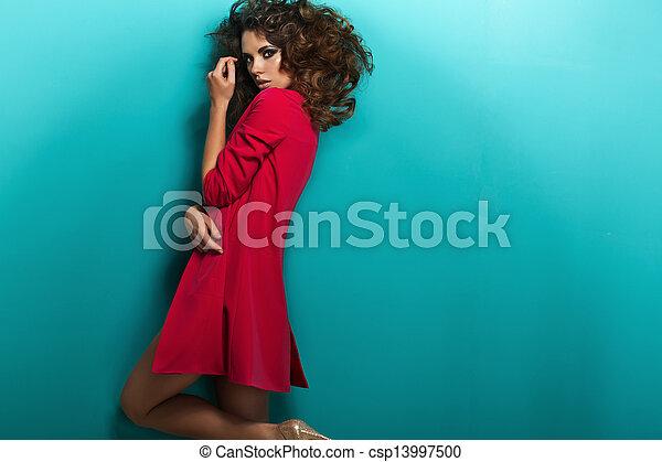 bastante, tímido, mujer, joven, inocente - csp13997500