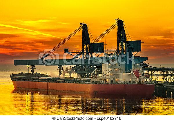 bateau, chargement, sous - csp40182718