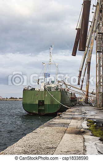 bateau, grain chargement - csp18338590
