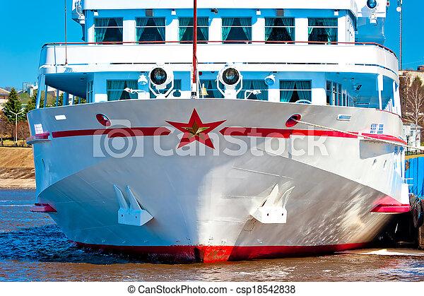 bateau passager, jetée - csp18542838