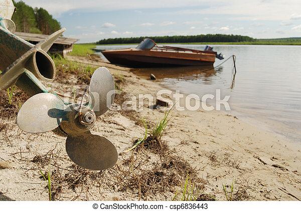 bateaux vis rivage h lice moteur vis rivage h lice photos de stock rechercher des. Black Bedroom Furniture Sets. Home Design Ideas