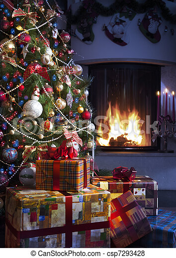 Weihnachtsbaum und Weihnachtsgeschenk - csp7293428