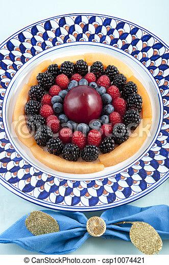 Cerezas, arándanos, moras, frambuesas - csp10074421