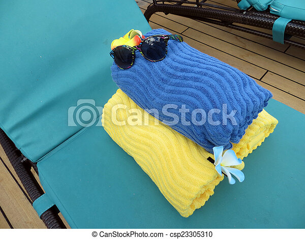 Beach bag and towels - csp23305310