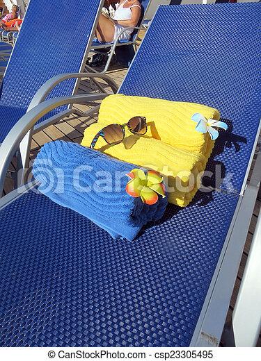 Beach bag and towels - csp23305495