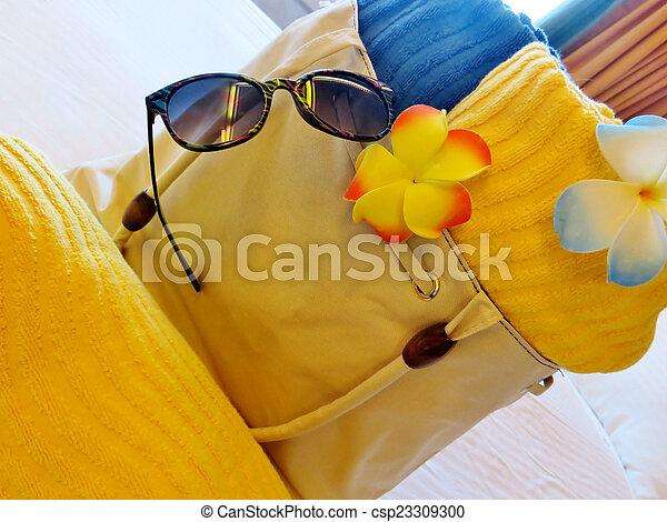 Beach bag and towels - csp23309300
