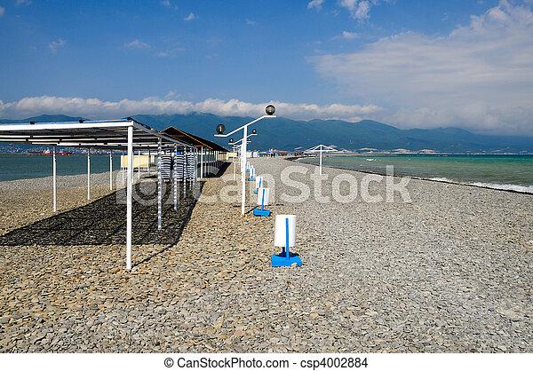 Beach on coast Tsemes Bay - csp4002884
