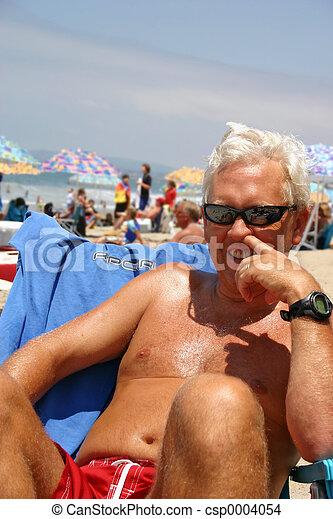 Beach Picking - csp0004054