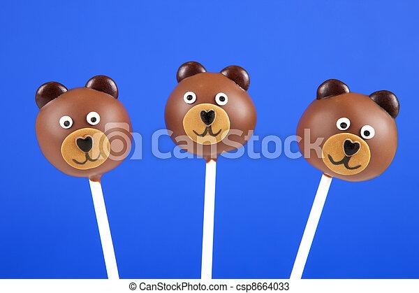 Bear cake pops - csp8664033