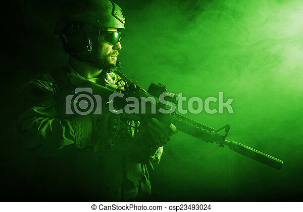 Bearded special forces soldier - csp23493024