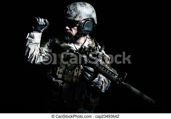 Bearded special forces soldier - csp23493642