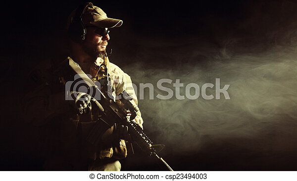 Bearded special forces soldier - csp23494003