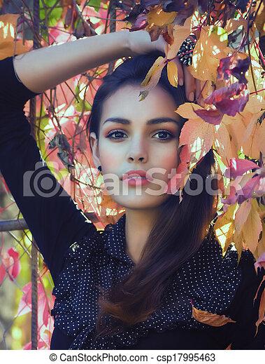 beau, automne, girl, jardin - csp17995463