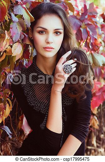beau, automne, girl, jardin - csp17995475