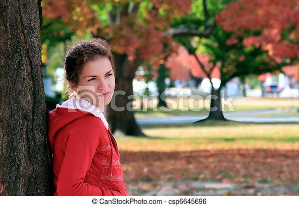 beau, automne, girl, parc - csp6645696