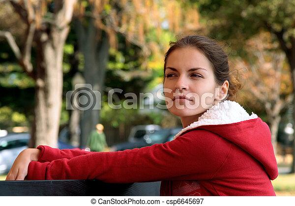 beau, automne, girl, parc - csp6645697