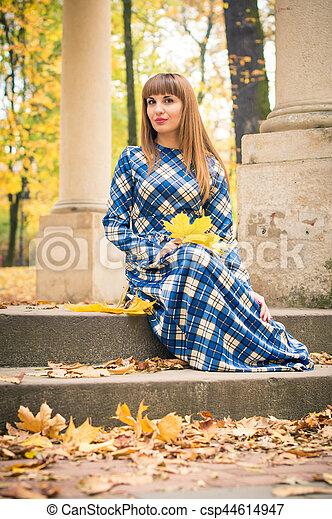 beau, automne, girl, parc - csp44614947