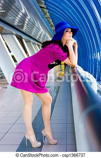 beau, bleu, robe pourpre, girl, chapeau - csp1366737